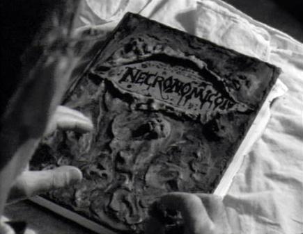 Necronomicon El Libro de los Muertos descargar