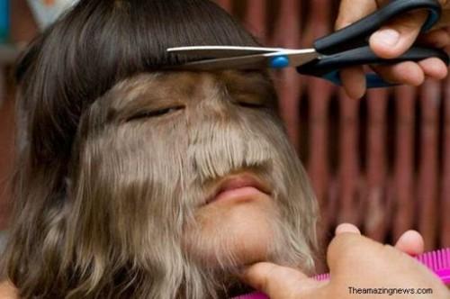 De mostaza la máscara sobre el kéfir para los cabellos de la caída