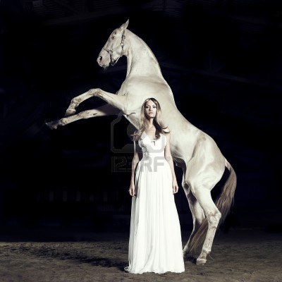 Espiritus vestidos de blanco