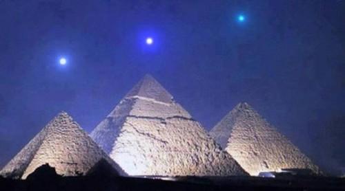alineacion planetaria sobre las piramides de egipto