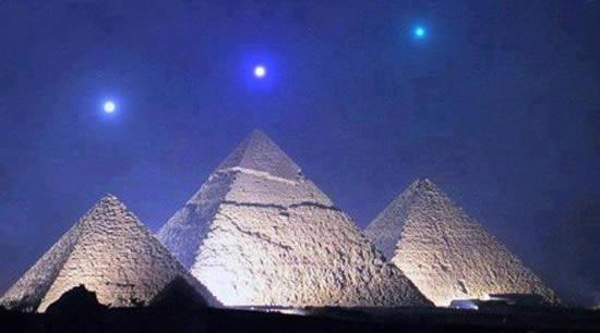 alineacion-planetaria-sobre-las-piramides-de-egipto-012