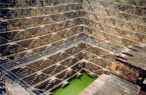Chand Baori - El templo de los mil escalones