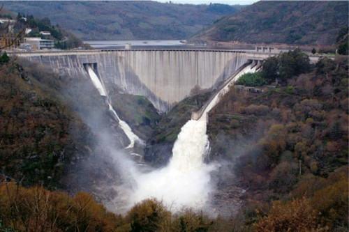 Energía hidráulica renovable - embalses