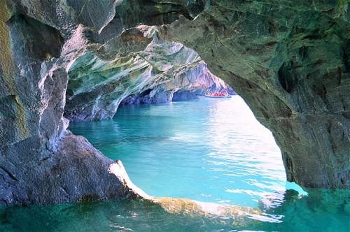 Cuevas de mármol en la Reserva Nacional del lago General Carrera.