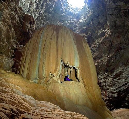 Dentro de la cueva de los Cepillos, en la región de Aquismon, México.
