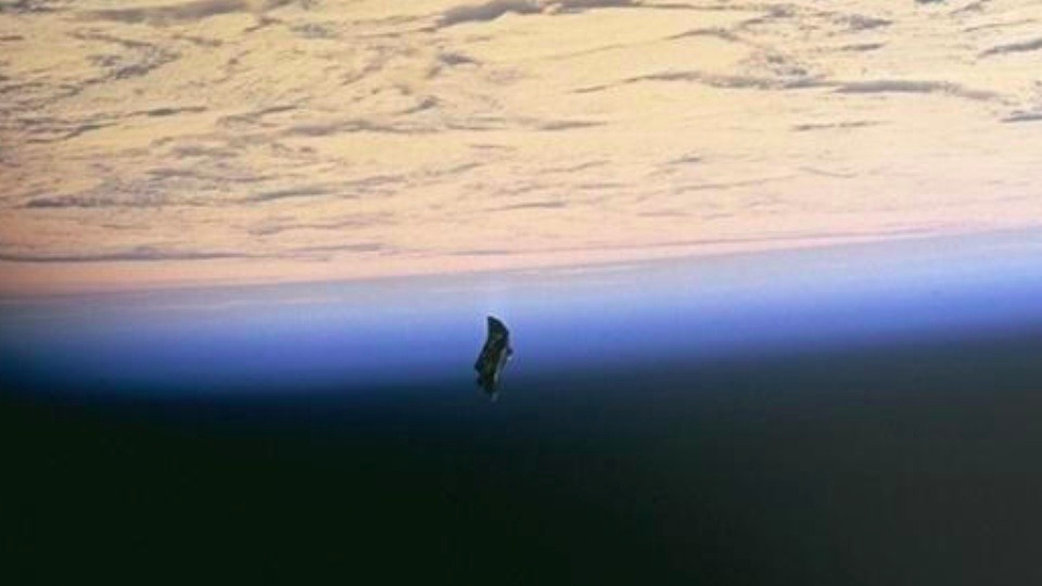 satélite el caballero negro