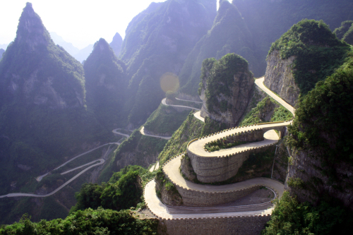 Carretera de Tian Men Shan, China