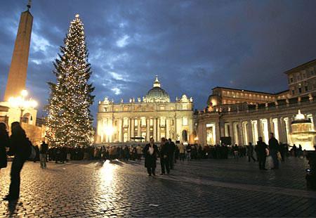 Árbol de Navidad en la Plaza de San Pedro
